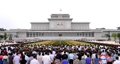 N. Koreans pay tribute to founder Kim