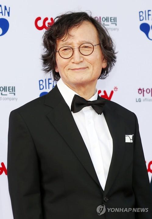 BIFAN 참석한 정지영 감독