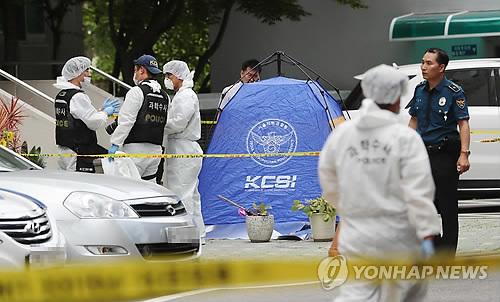 '불법자금 의혹' 노회찬 아파트서 투신 사망