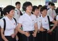 朝鲜乒乓队微笑返朝