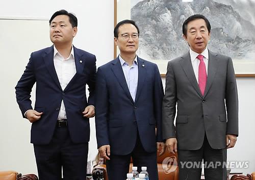 여야 3당 원내대표·정책위의장 조찬회동…법안 논의