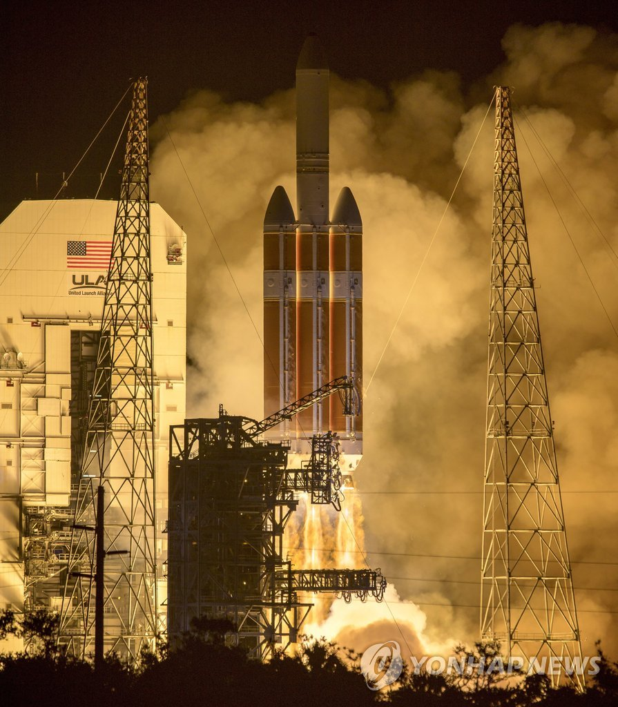 NASA, 인류 최초 태양탐사선 발사