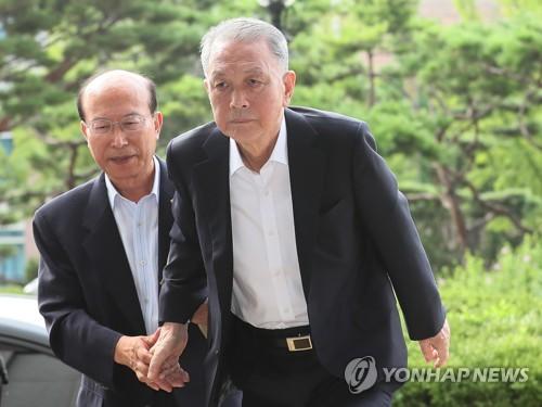 박근혜·양승태 직접 겨누는 검찰…재판거래 수사 속도