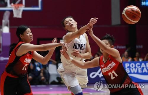 [아시안게임] '소문대로' 로숙영…농구 단일팀 첫 실전서 가장 빛났다