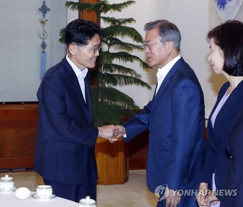 """윤소하 """"남북평화, 초당적 지지로 힘 보태는 게 국회 책무"""""""