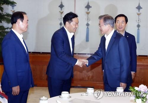 """김관영 """"최저임금 급격한 인상 현실적으로 어려워…재고해야"""""""