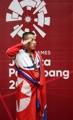Levantador de pesas norcoreano gana el oro en los JJ. AA.