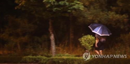 [태풍 비상] 솔릭 오전 3시 전주 통과…지리산 뱀사골 116㎜ 폭우