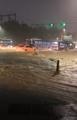 集中豪雨で道路冠水