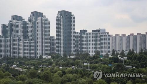 3.3㎡당 1억 원 돌파한 서울 반포 아파트 일대