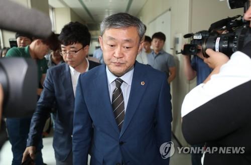 '여행사 금품수수 혐의'…송성환 전북도의장 기소의견 송치