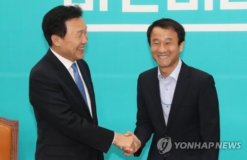 평양행 손사래 친 국회의장단과 야당 대표…과거 정상회담때는?