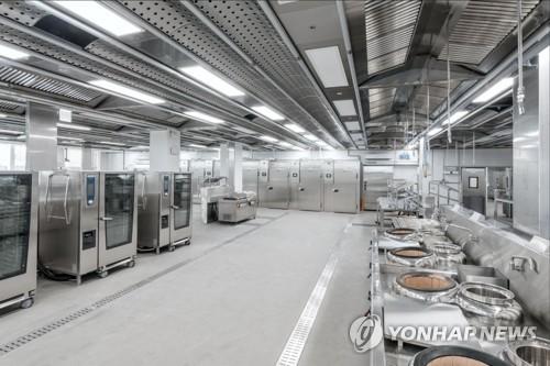 아시아나, 기내식 GGK서 첫 공급