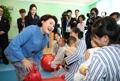 韩朝第一夫人访问平壤儿童医院