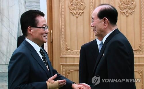 박지원 김정은, 트럼프에 핵물질 생산 않겠다는 확약했을 것