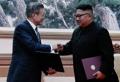 南北首脳 平壌共同宣言に署名