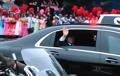 平壌市民に手を振る文大統領
