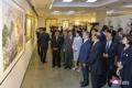 北朝鮮の美術品を鑑賞