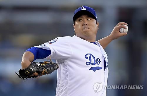 류현진, MLB 포스트시즌 '1선발' 투구
