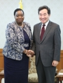 Avec la chef de la diplomatie kényane