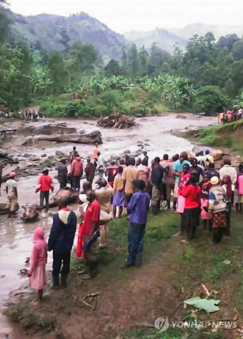우간다서 폭우로 강 범람…최소 11명 사망