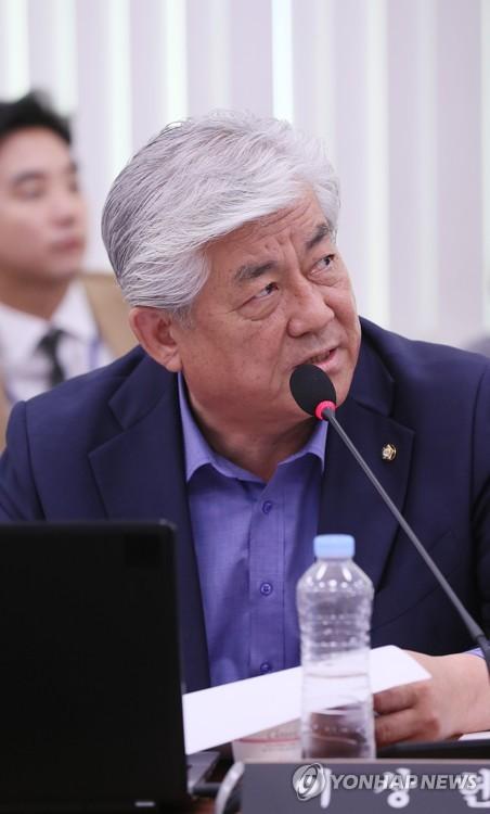 질의하는 이상헌 의원
