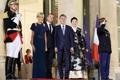韩法总统夫妇合影