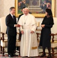 문대통령, 프란치스코 교황 면담…교황