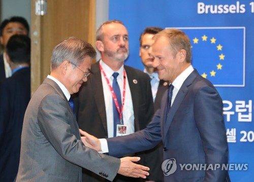 """日요미우리 """"韓-EU 공동성명, 대북제재 표현 온도차로 채택보류"""""""