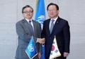 Avec le secrétaire général adjoint de l'ONU