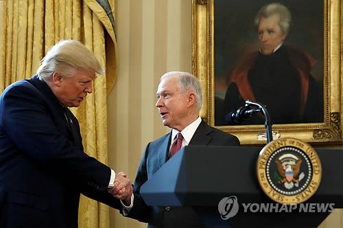 특검수사 불만 트럼프, 중간선거 끝나자 세션스 법무장관 해임