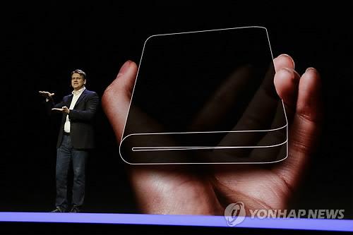 [위클리 스마트] 갤럭시S10·폴더블폰 어떤 모습일까…내달 공개