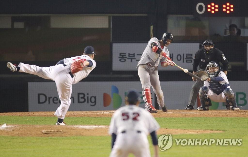 한동민 '13회 역전 홈런 쾅!'