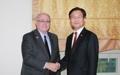 Avec le président du Sénat canadien