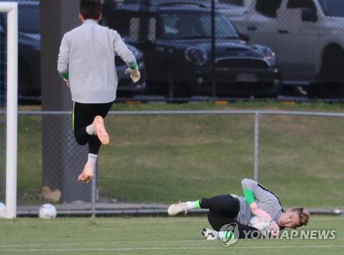 S. Korean goalkeeper says he has good grasp of Bento's style of football