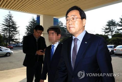 '살얼음판 위에 선' 선거법 위반 강원 시장·군수…줄줄이 재판