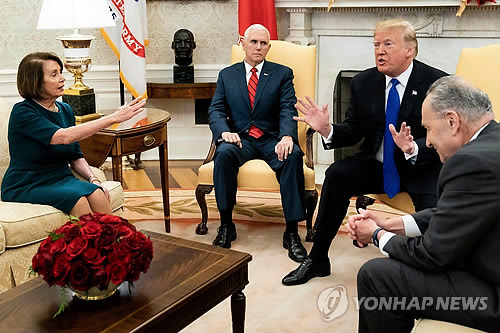트럼프 국가비상사태 선포 압박…美셧다운 역대 3번째 장기화