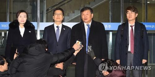 """남북체육 회담 대표단 출발…""""좋은 성과 나오도록 하겠다"""""""