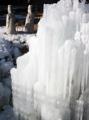 酷寒が生んだ氷柱