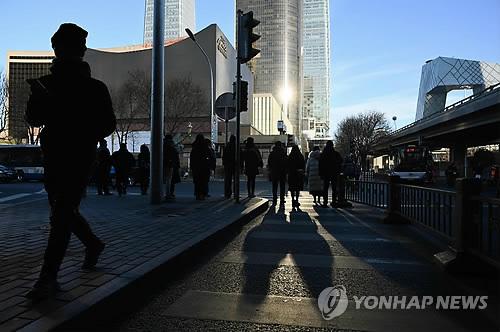 """무역전쟁에 中성장률 더 떨어지나…""""韓경제 직격탄 우려"""""""