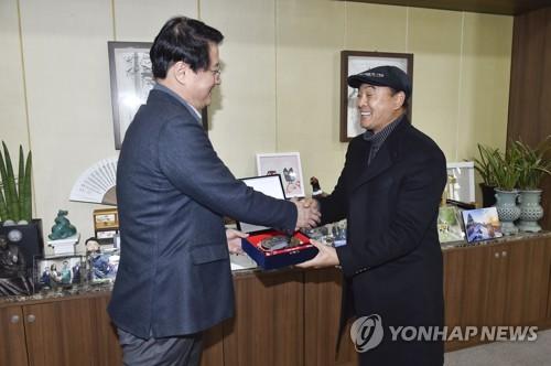 국민 마라토너 이봉주 '원주 굽잇길 홍보대사' 위촉