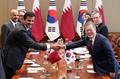 Poignée de main Corée-Qatar