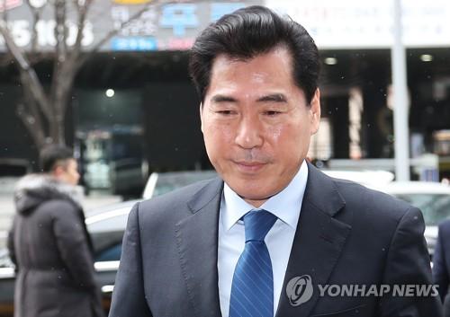 '선거법 위반' 김상돈 의왕시장 항소심 첫공판서 선처호소