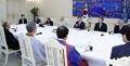 文大統領 宗教指導者らと昼食会
