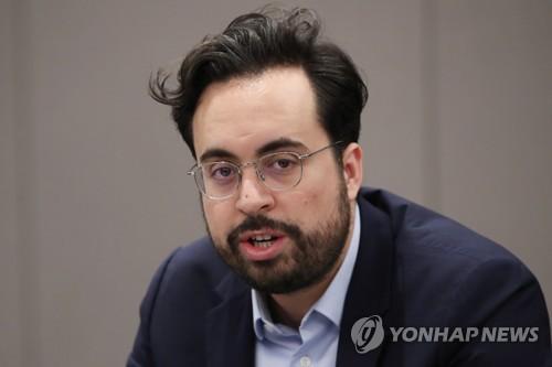 """프랑스 디지털장관 """"화웨이 보이콧 않지만 안전성 확보해야"""""""