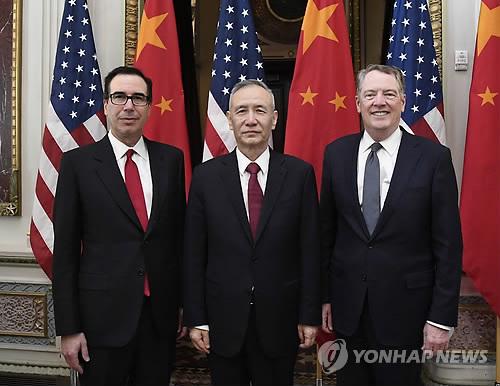 """백악관 """"중국 대표단 방미해 내달 3일부터 무역협상"""""""