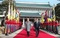韓印首脳 ソウルで会談