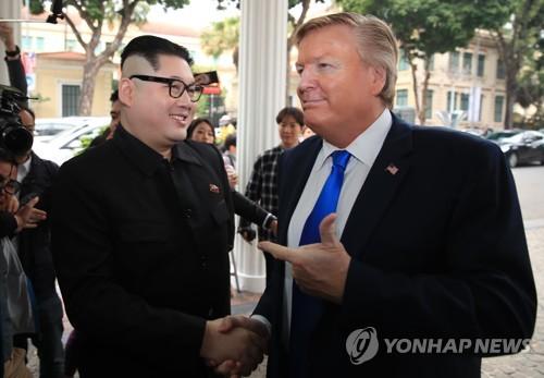 [북미회담 D-5] '가짜' 김정은과 트럼프, 하노이서 분위기 띄워
