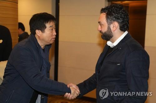 배구협회, 다음 주 '대표팀 포기 시도' 김호철 감독 징계 결정