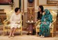 Avec la reine de Brunei